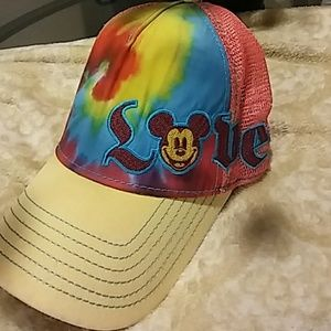 🔥 Mickey Mouse Love Velcro back hat.